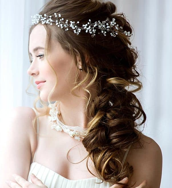 29 Bridal Hairstyles For Short Medium Curly Hairs 2018