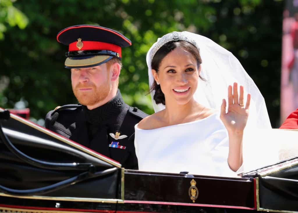 Meghan Markles Messy Bun Nailed The Royal Wedding Herere The
